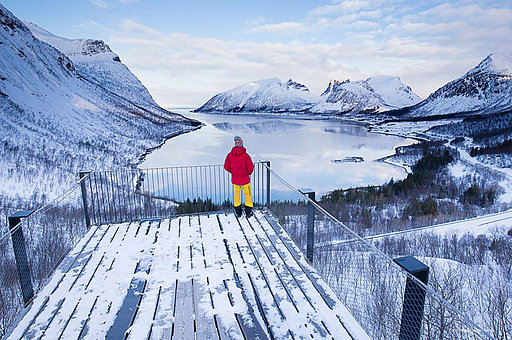 Senja Fjordsightseeing by car GUIDE