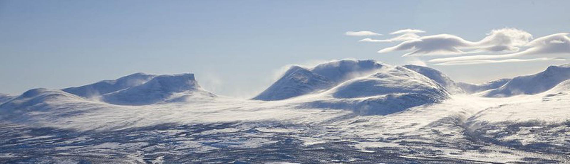 nordlicht beobachtung und ski touren im u ersten norden. Black Bedroom Furniture Sets. Home Design Ideas